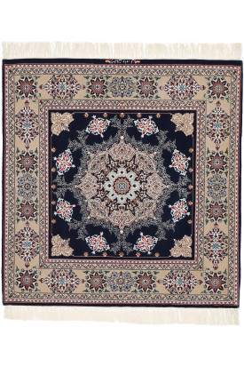 Isfahan signed: Davari 118X123