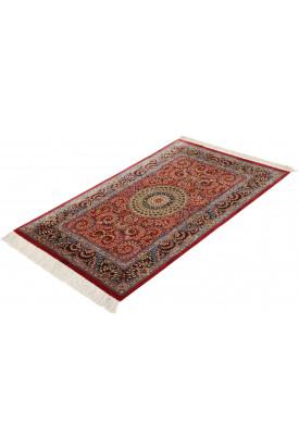 Qum Silk signed: Qum Shafiei 80X127